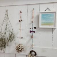 月1レッスンでこころ潤うキラキラアート 毎 月のリフレッシュ、贈り物、会社へ展示なさったりされてます◯
